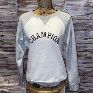 Champion Sweatshirt.     F309